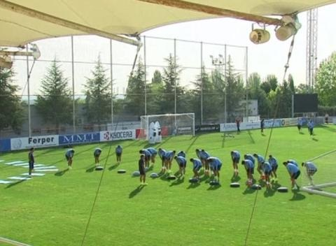 News video: Atletico Madrid Train Ahead of the Spanish Super Cup Final